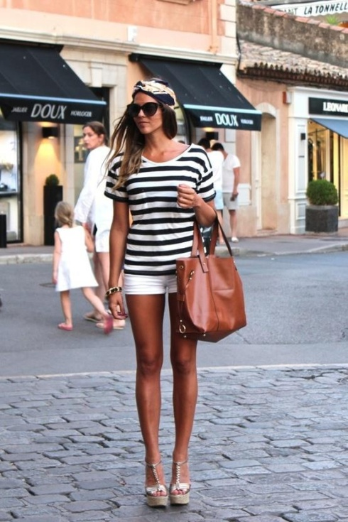 My pinterest crush (the outfit, not the girl, although she's hot too) this week...stars and stripes forever!